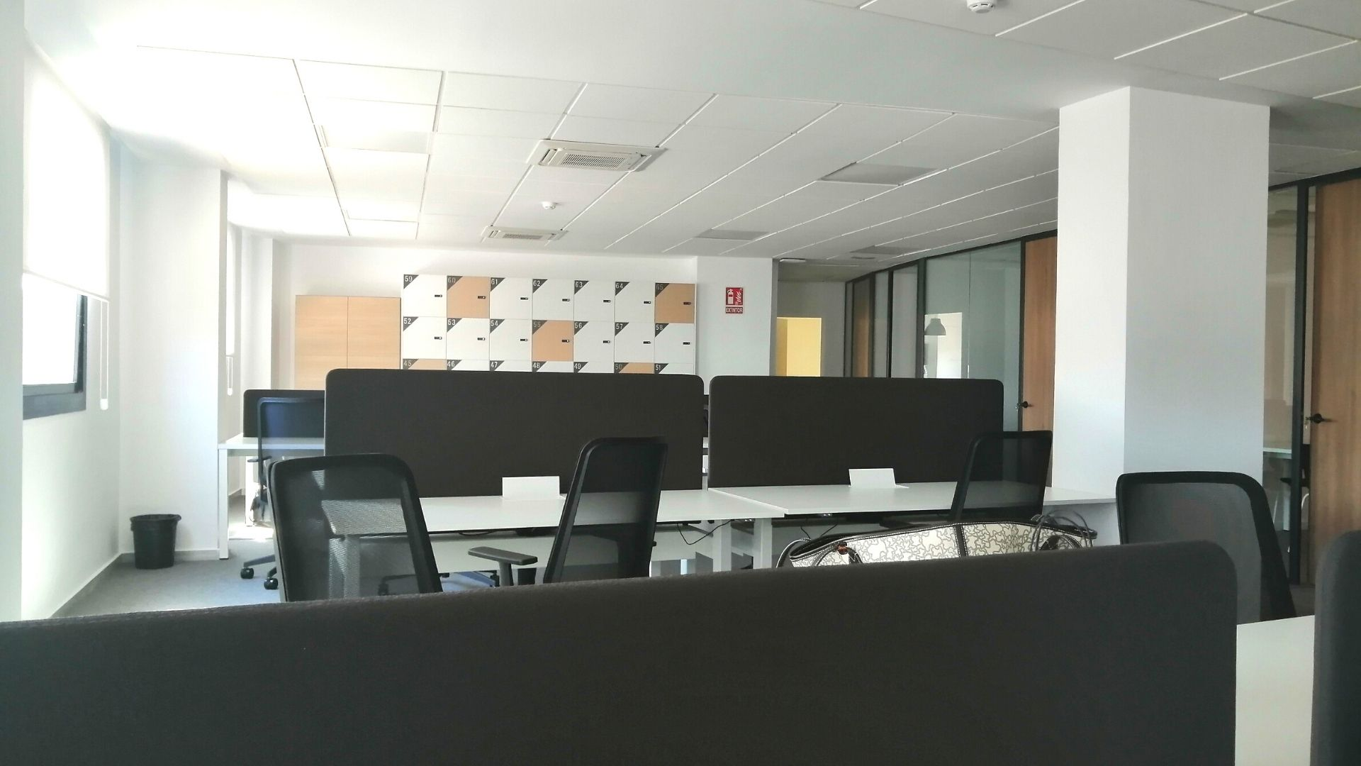 Our new Adessa office in Malaga is open! - final desks