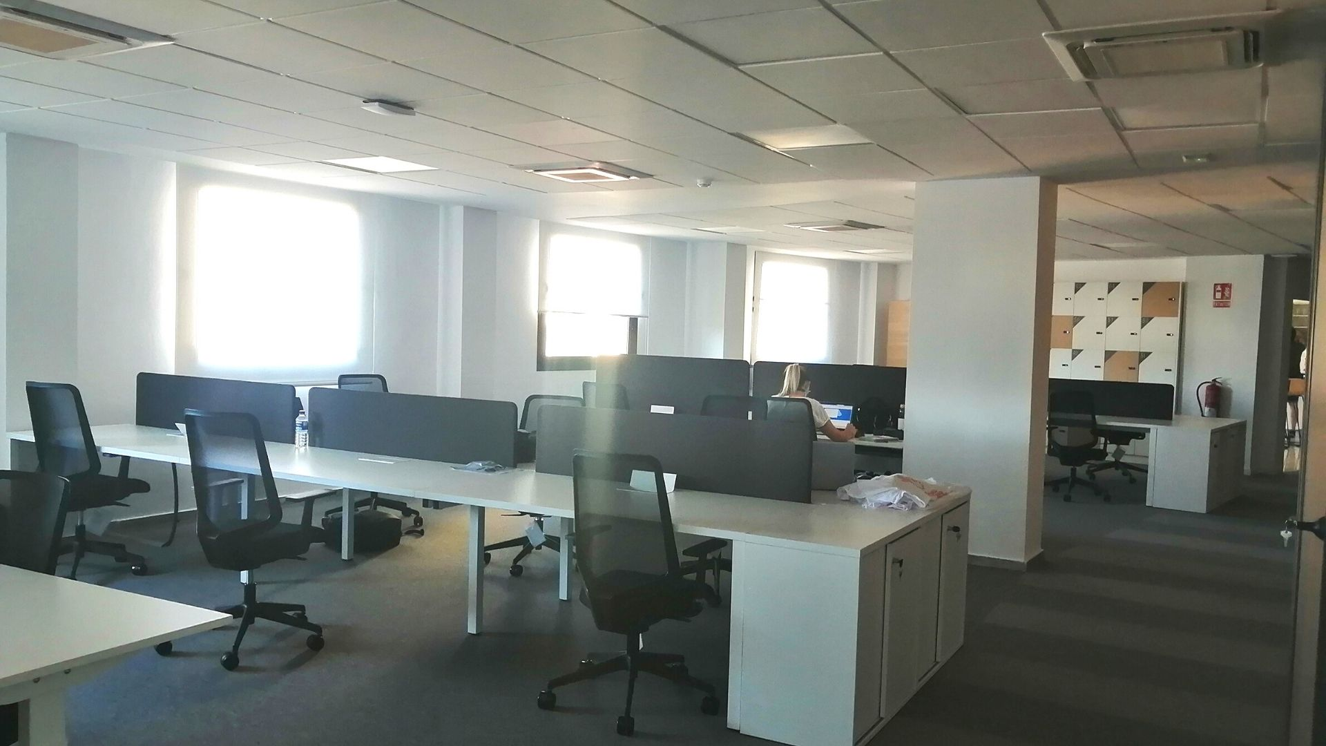 Our new Adessa office in Malaga is open! - work desks
